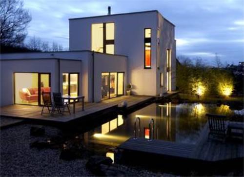 contemporary-outdoor-lighting-design-05